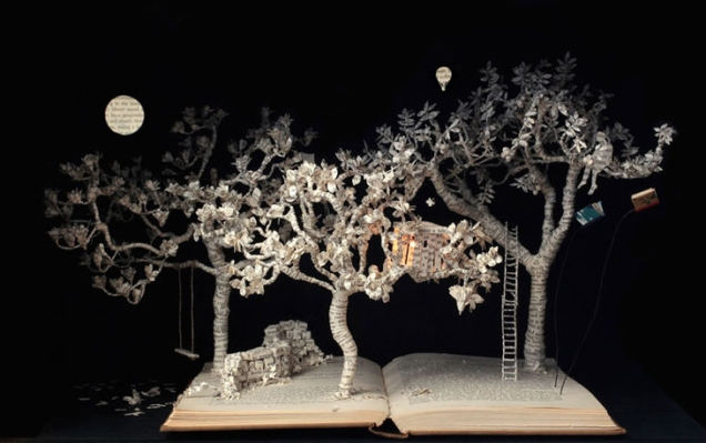 su-blackwell-book-sculpture.jpeg